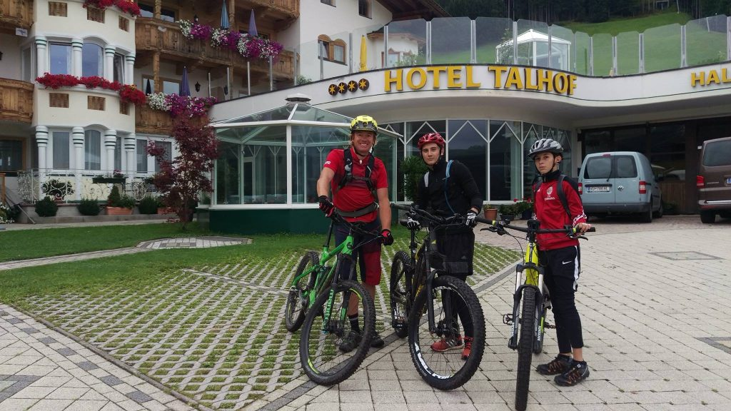 A cool e-mountain bike tour